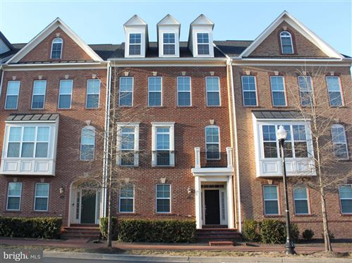 Photo of 757 CENTER ST, HERNDON, VA 20170 (MLS # VAFX1177128)