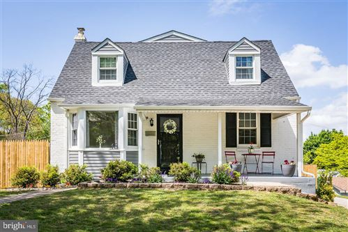 Photo of 48 SURREY DR, NEWTOWN SQUARE, PA 19073 (MLS # PADE516132)