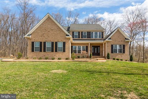 Photo of 34890 SCOTLAND HEIGHTS RD, ROUND HILL, VA 20141 (MLS # VALO405134)