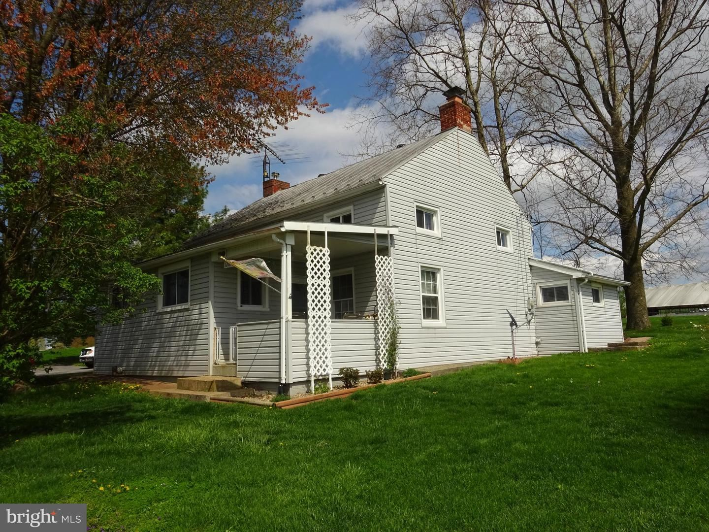 Photo of 12815 STILL MEADOW RD, SMITHSBURG, MD 21783 (MLS # MDWA179134)