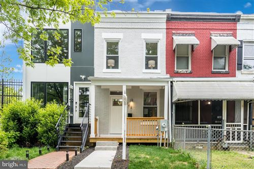 Photo of 742 IRVING ST NW, WASHINGTON, DC 20010 (MLS # DCDC469136)