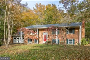 Photo of 4004 SPRING VALLEY DR, WHITE PLAINS, MD 20695 (MLS # MDCH100136)