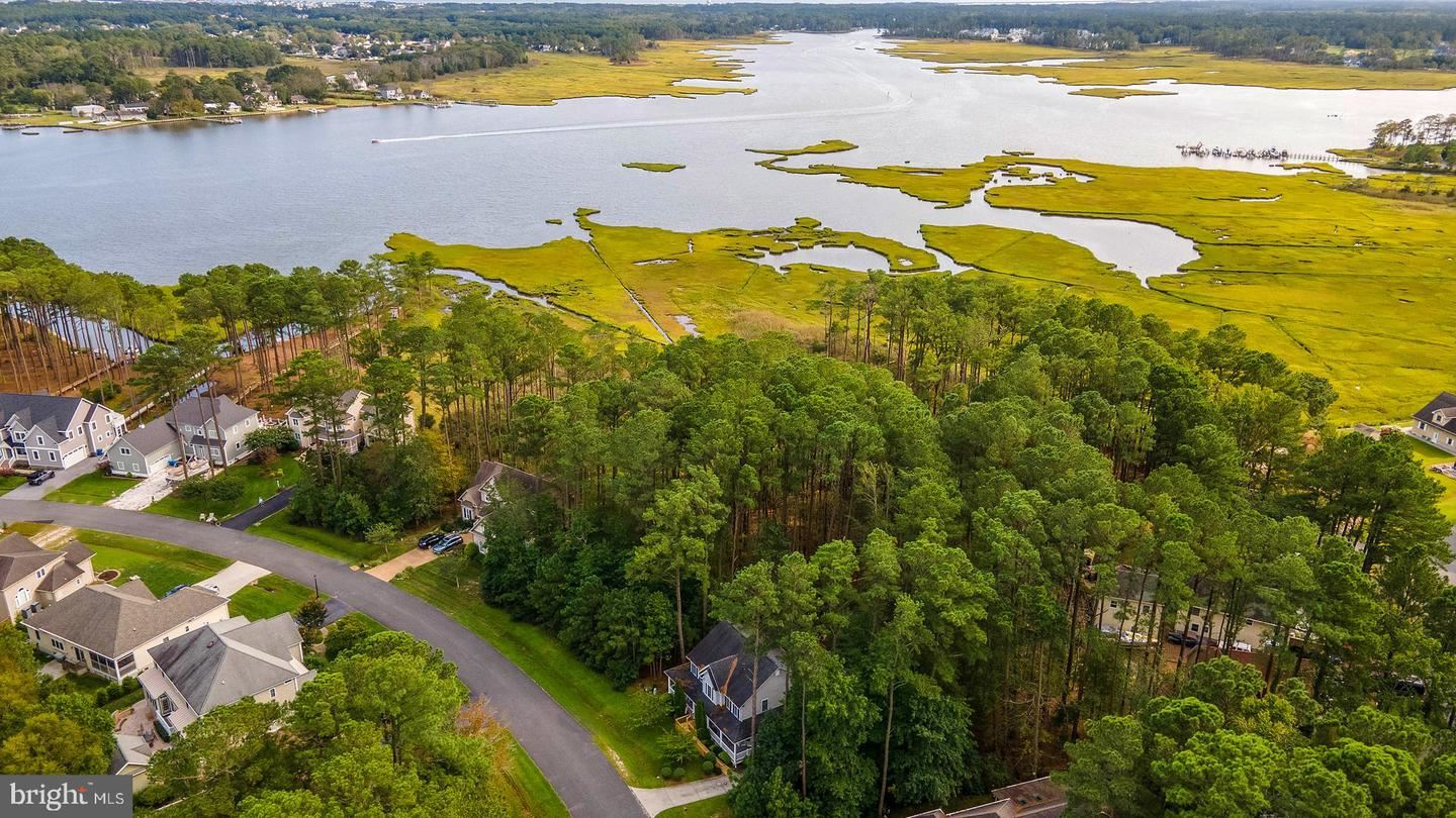 Photo of 118 PINE FOREST DR, OCEAN PINES, MD 21811 (MLS # MDWO117136)