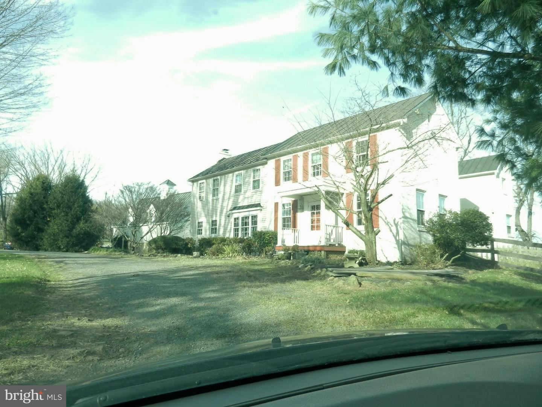 Photo of 39802 THOMAS MILL RD, LEESBURG, VA 20175 (MLS # VALO426136)