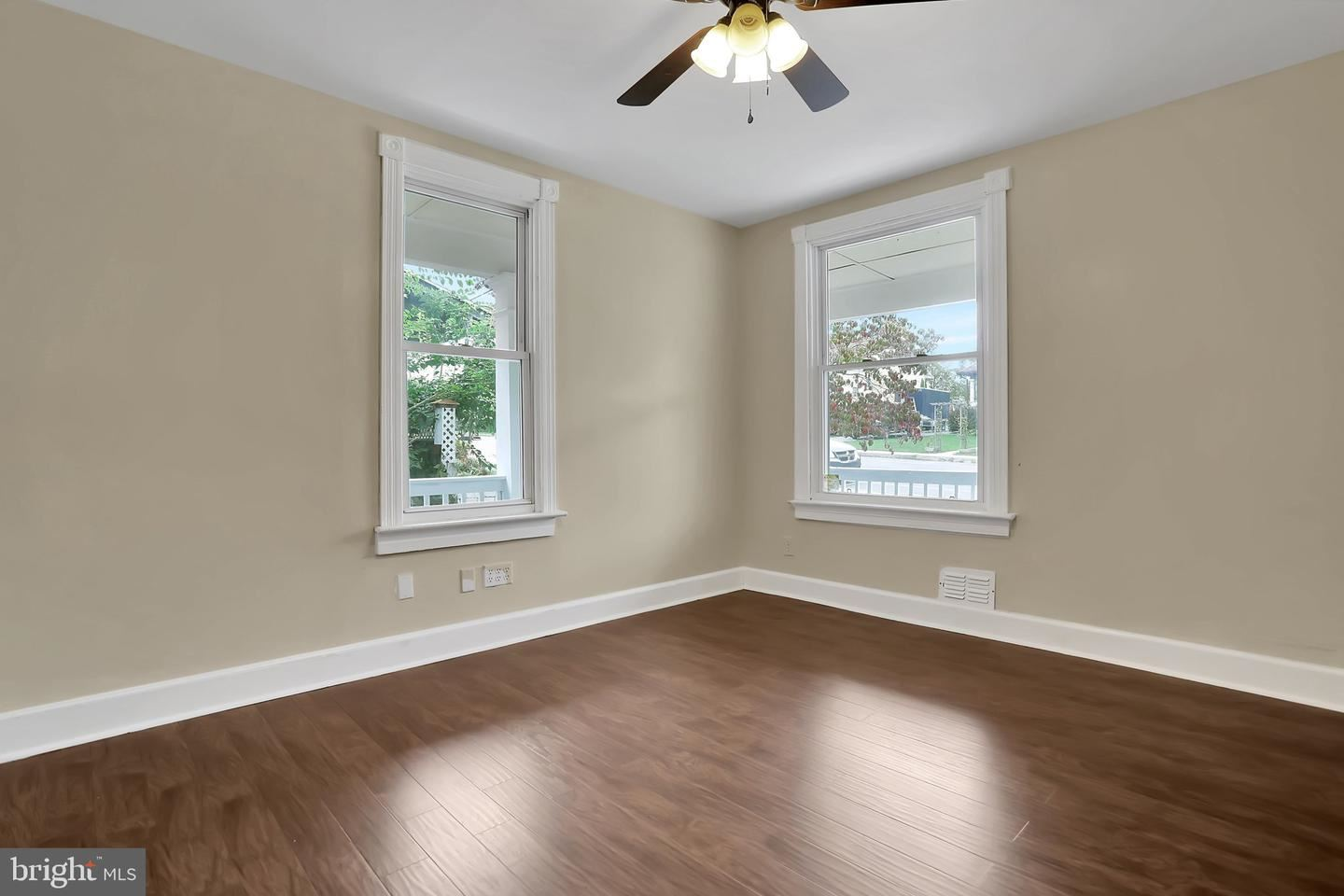 Photo of 865-867 VIRGINIA AVE, HAGERSTOWN, MD 21740 (MLS # MDWA2000137)