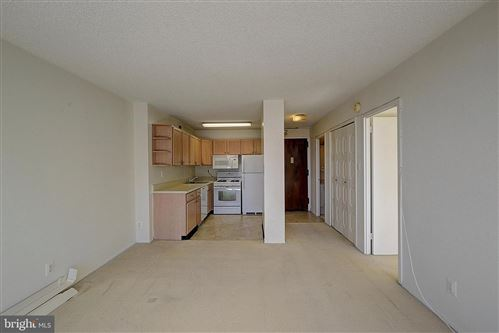 Photo of 5225 POOKS HILL RD #1402N, BETHESDA, MD 20814 (MLS # MDMC746140)