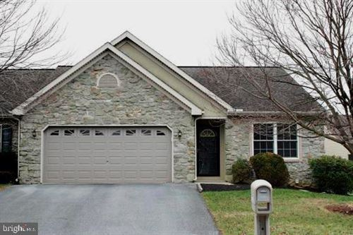 Photo of 1278 WILLOW CREEK DR, MOUNT JOY, PA 17552 (MLS # PALA157140)