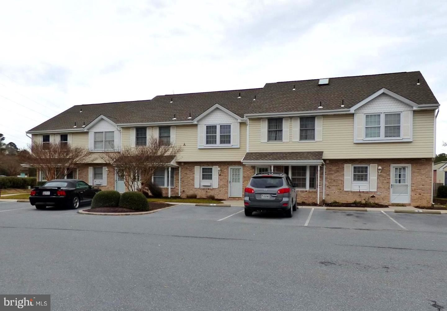 Photo for 12626 SUNSET AVE #4A, OCEAN CITY, MD 21842 (MLS # MDWO120140)