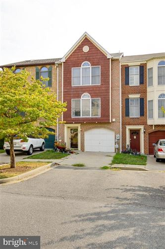Photo of 38 VICTORIA SQ, FREDERICK, MD 21702 (MLS # MDFR253142)