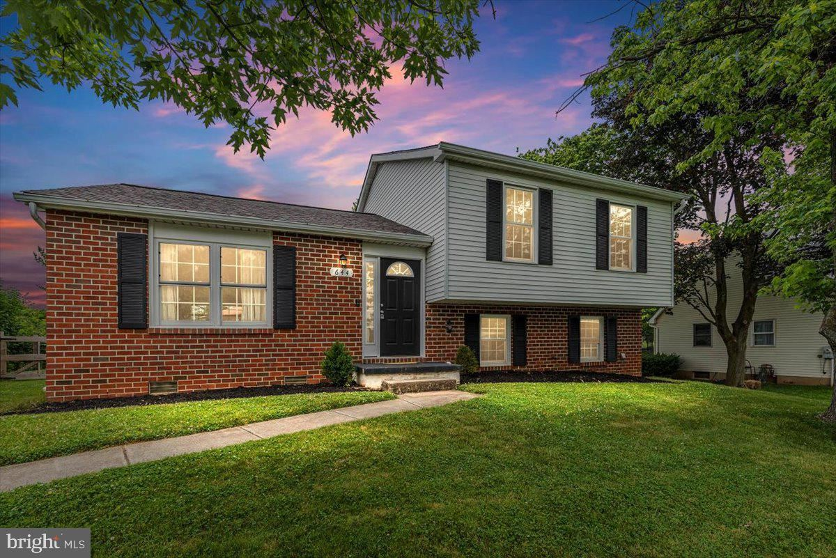 644 UNIONTOWN RD, Westminster, MD 21158 - MLS#: MDCR205142
