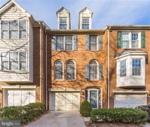 Photo of 5515 WHITLEY PARK TER #81, BETHESDA, MD 20814 (MLS # MDMC692144)