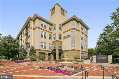 Photo of 11750 OLD GEORGETOWN RD #2332, ROCKVILLE, MD 20852 (MLS # MDMC714144)