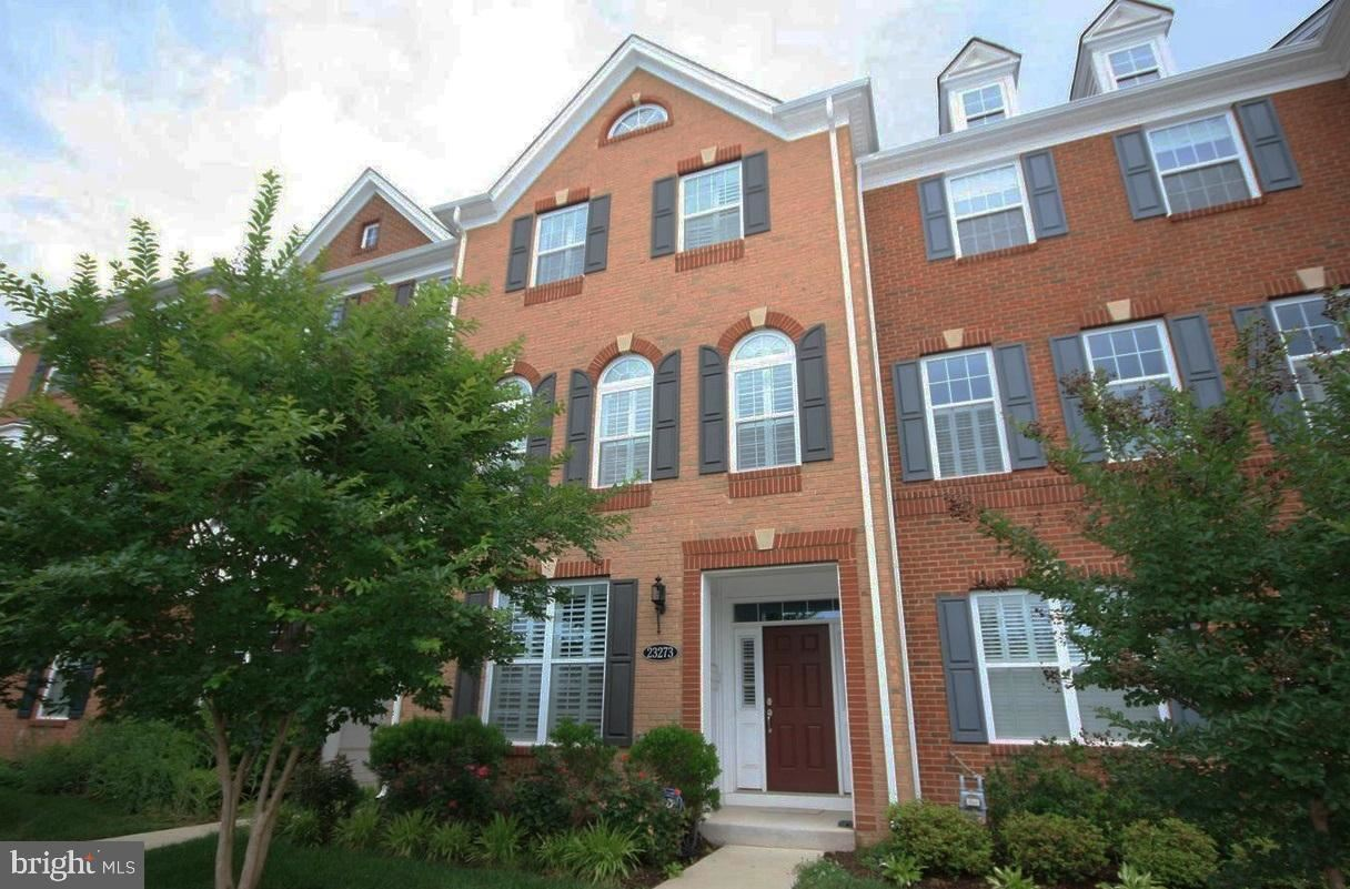 Photo of 23273 CARTERS MEADOW TER, ASHBURN, VA 20148 (MLS # VALO421144)