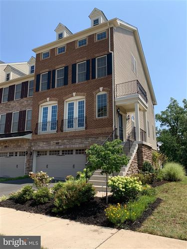 Photo of 24994 GLASGOW HEIGHTS TER, CHANTILLY, VA 20152 (MLS # VALO2004148)