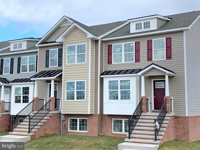 27 HERITAGE HILLS DR, Martinsburg, WV 25405 - #: WVBE177148