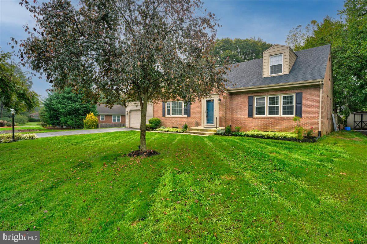 Photo of 19115 BEACON LN, HAGERSTOWN, MD 21742 (MLS # MDWA2000151)