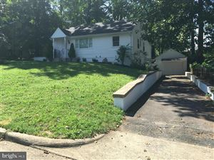 Photo of 2008 NORDLIE PL, FALLS CHURCH, VA 22043 (MLS # VAFX1084152)