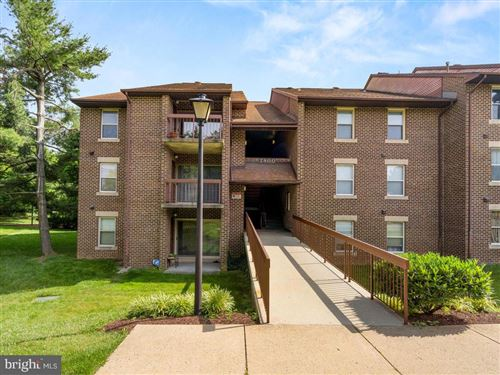 Photo of 7800 GUILDBERRY CT #301, GAITHERSBURG, MD 20879 (MLS # MDMC711154)