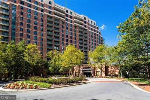 Photo of 11700 OLD GEORGETOWN RD #1414, NORTH BETHESDA, MD 20852 (MLS # MDMC728154)