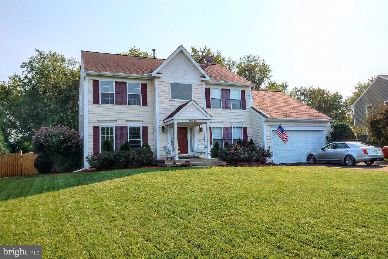 Photo of 19628 SELBY AVE, POOLESVILLE, MD 20837 (MLS # MDMC2018158)