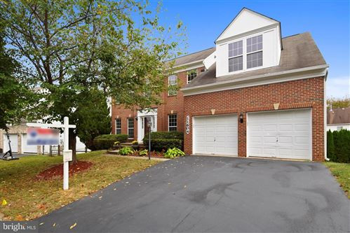 Photo of 11604 TALL PINES DR, GERMANTOWN, MD 20876 (MLS # MDMC676168)