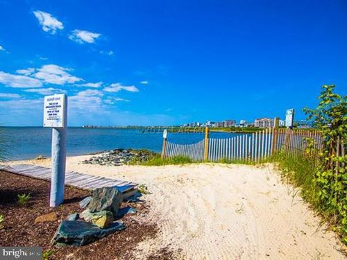 Tiny photo for 37 FOUNTAIN DR W W #LUG-BG-3E, OCEAN CITY, MD 21842 (MLS # MDWO118168)