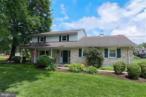 Photo of 351 MEADOW VIEW DR, MOUNTVILLE, PA 17554 (MLS # PALA135168)