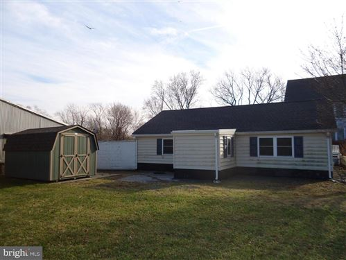 Photo of 37234 GRASS ROOTS LN, PURCELLVILLE, VA 20132 (MLS # VALO403168)