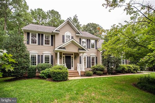 Photo of 11828 FAWN LAKE PKWY, SPOTSYLVANIA, VA 22551 (MLS # VASP225168)