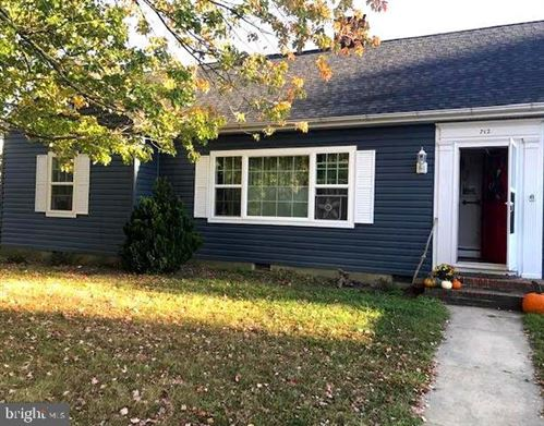 Photo of 712 ELIZABETH ST, EASTON, MD 21601 (MLS # MDTA137170)
