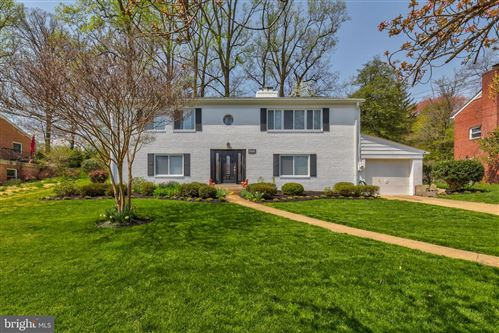 Photo of 6229 CHERYL DR, FALLS CHURCH, VA 22044 (MLS # VAFX1192170)
