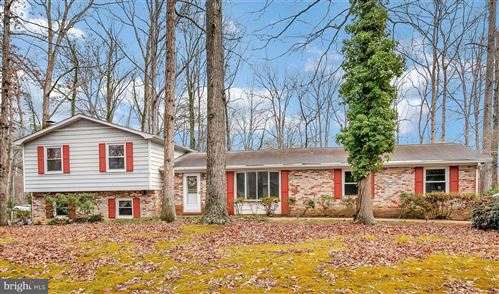 Photo of 101 SILVER SPRING DR, LOCUST GROVE, VA 22508 (MLS # VAOR138170)
