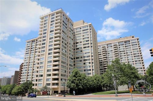 Photo of 5500 FRIENDSHIP BLVD #822N, CHEVY CHASE, MD 20815 (MLS # MDMC721172)