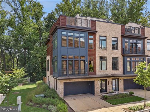 Photo of 5400 MERRIAM ST, BETHESDA, MD 20814 (MLS # MDMC725174)