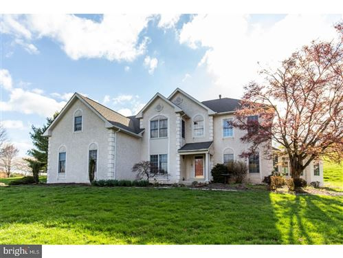 Photo of 696 MILITIA HILL DR, WEST CHESTER, PA 19382 (MLS # PACT510174)