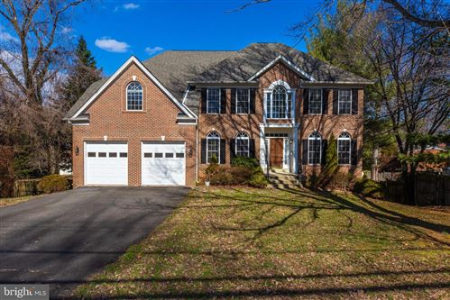 Photo of 6820 OLD CHESTERBROOK RD, MCLEAN, VA 22101 (MLS # VAFX1111174)