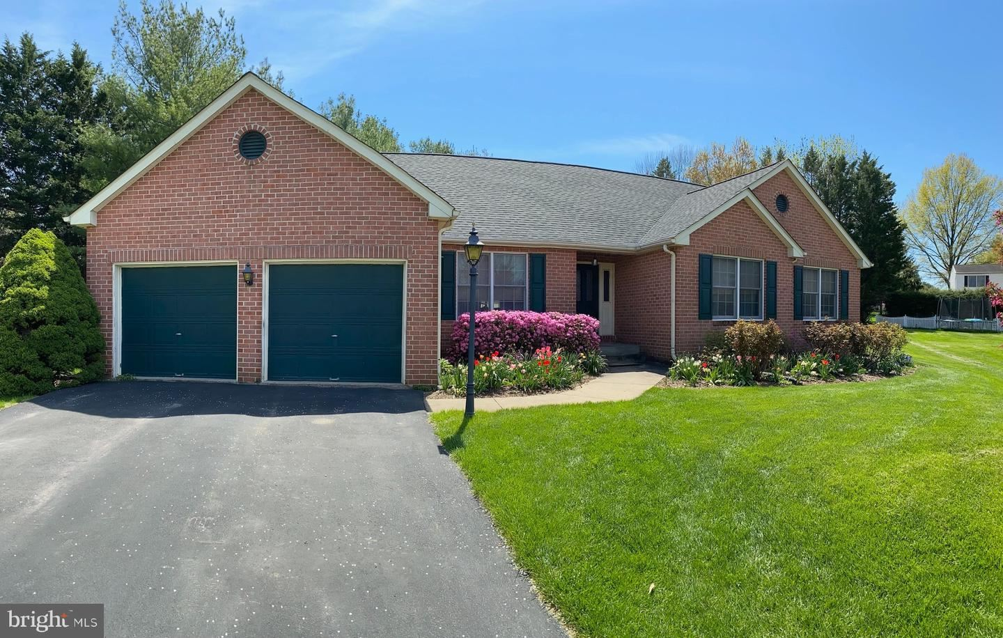 Photo of 12 GRAY FOX CT, MIDDLETOWN, MD 21769 (MLS # MDFR2002174)