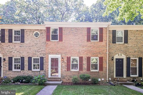 Photo of 17123 BRIARDALE RD, ROCKVILLE, MD 20855 (MLS # MDMC2003176)