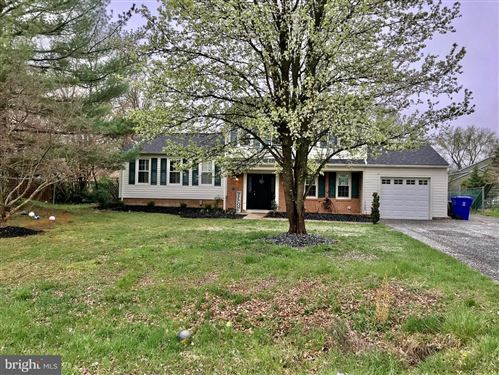 Photo of 17216 CHISWELL RD, POOLESVILLE, MD 20837 (MLS # MDMC702176)