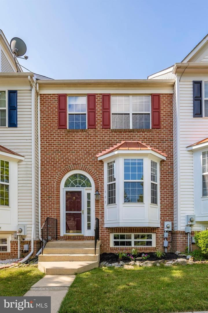 Photo of 902 MOSBY DR, FREDERICK, MD 21701 (MLS # MDFR267176)