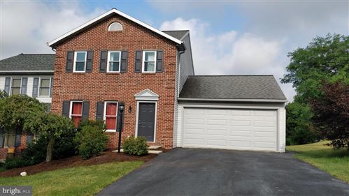 Photo of 49 ROLLING HILL DR, LITITZ, PA 17543 (MLS # PALA166178)
