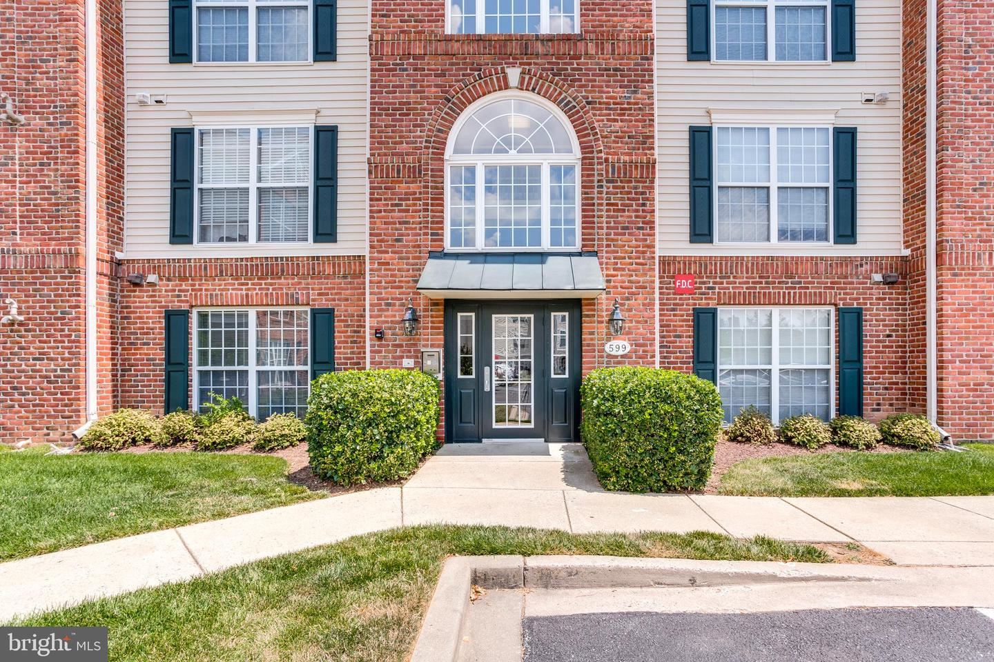 Photo of 599 CAWLEY DR #1A, FREDERICK, MD 21703 (MLS # MDFR267178)