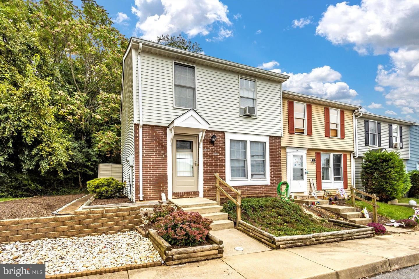 Photo of 122 VALLEY VIEW CT, BOONSBORO, MD 21713 (MLS # MDWA2002184)