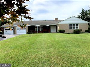 Photo of 10100 CLEARSPRING RD, DAMASCUS, MD 20872 (MLS # MDMC662186)