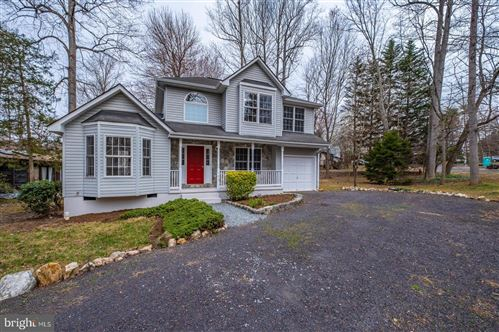 Photo of 105 MUSKET LN, LOCUST GROVE, VA 22508 (MLS # VAOR136186)
