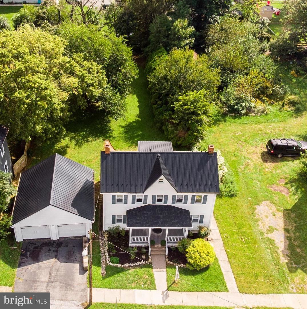 Photo of 6 WASHINGTON ST, MIDDLETOWN, MD 21769 (MLS # MDFR2000189)