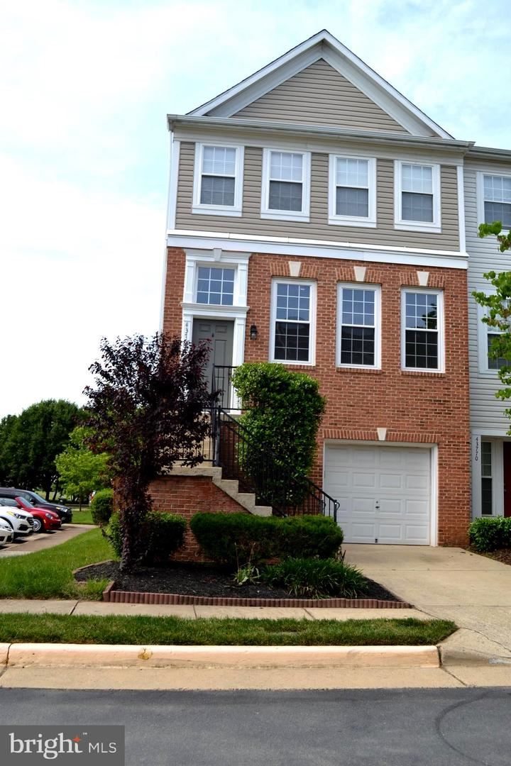 Photo of 43768 VIRGINIA MANOR TER, ASHBURN, VA 20148 (MLS # VALO421194)