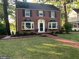 Photo of 943 FOREST DR, HAGERSTOWN, MD 21742 (MLS # MDWA169196)