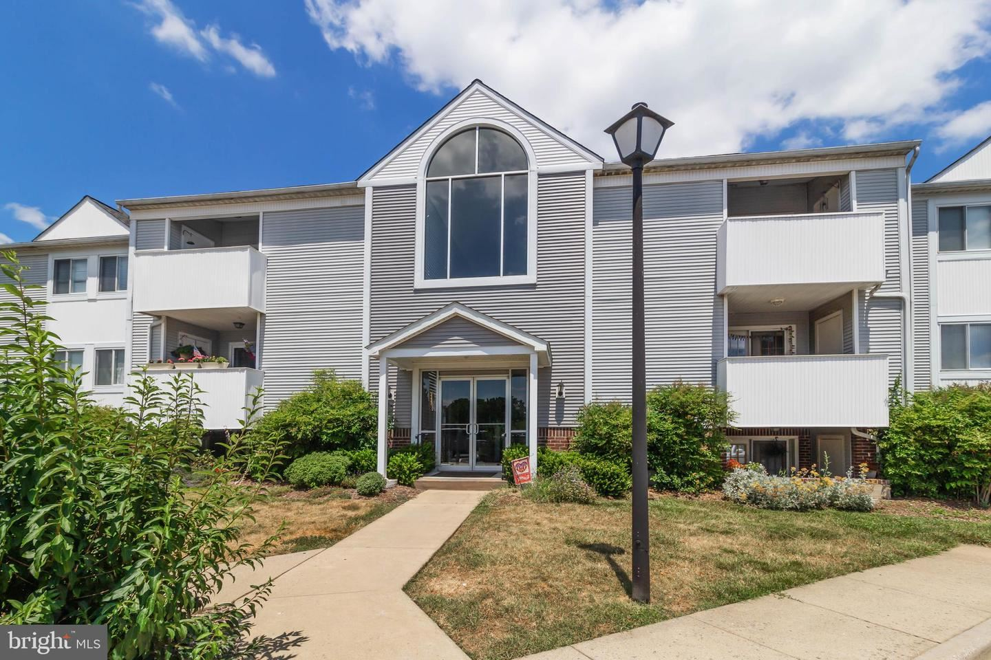 Photo of 2157 WAINWRIGHT CT #1B, FREDERICK, MD 21702 (MLS # MDFR267196)