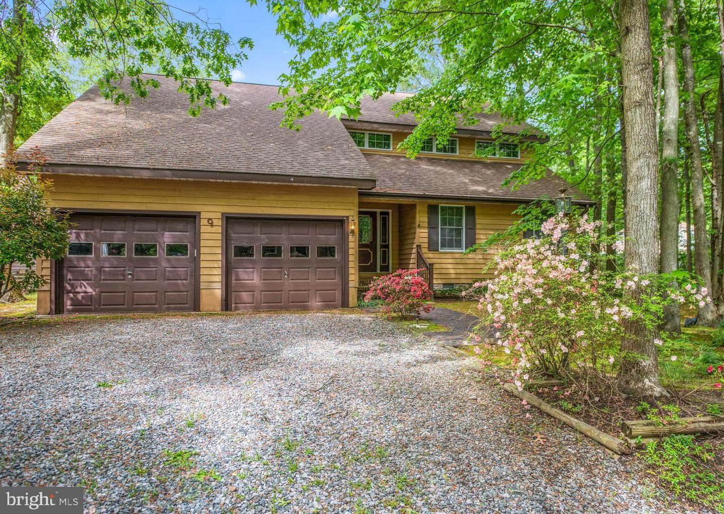 Photo for 9 DRIFTWOOD LN, OCEAN PINES, MD 21811 (MLS # MDWO106198)